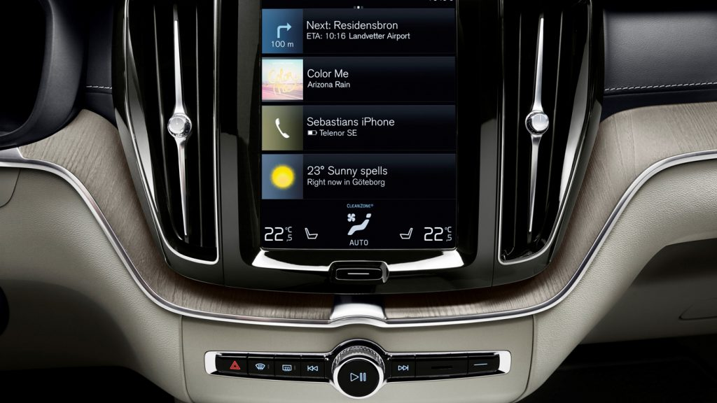 Volvo XC60 2019 touch screen