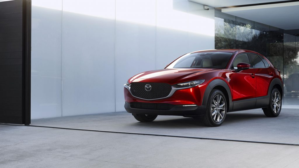 Mazda CX-30 2020 color rojo metálico
