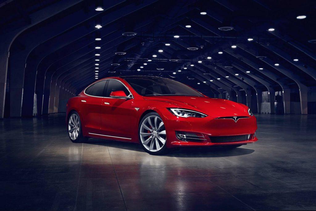 Tesla Model S con el nuevo Cheetah Mode
